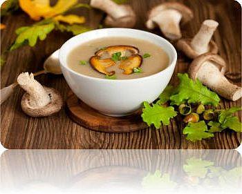 Суп пюре с жареными грибами